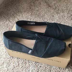 Toms Black Glimmer Slip Ons; Size 10